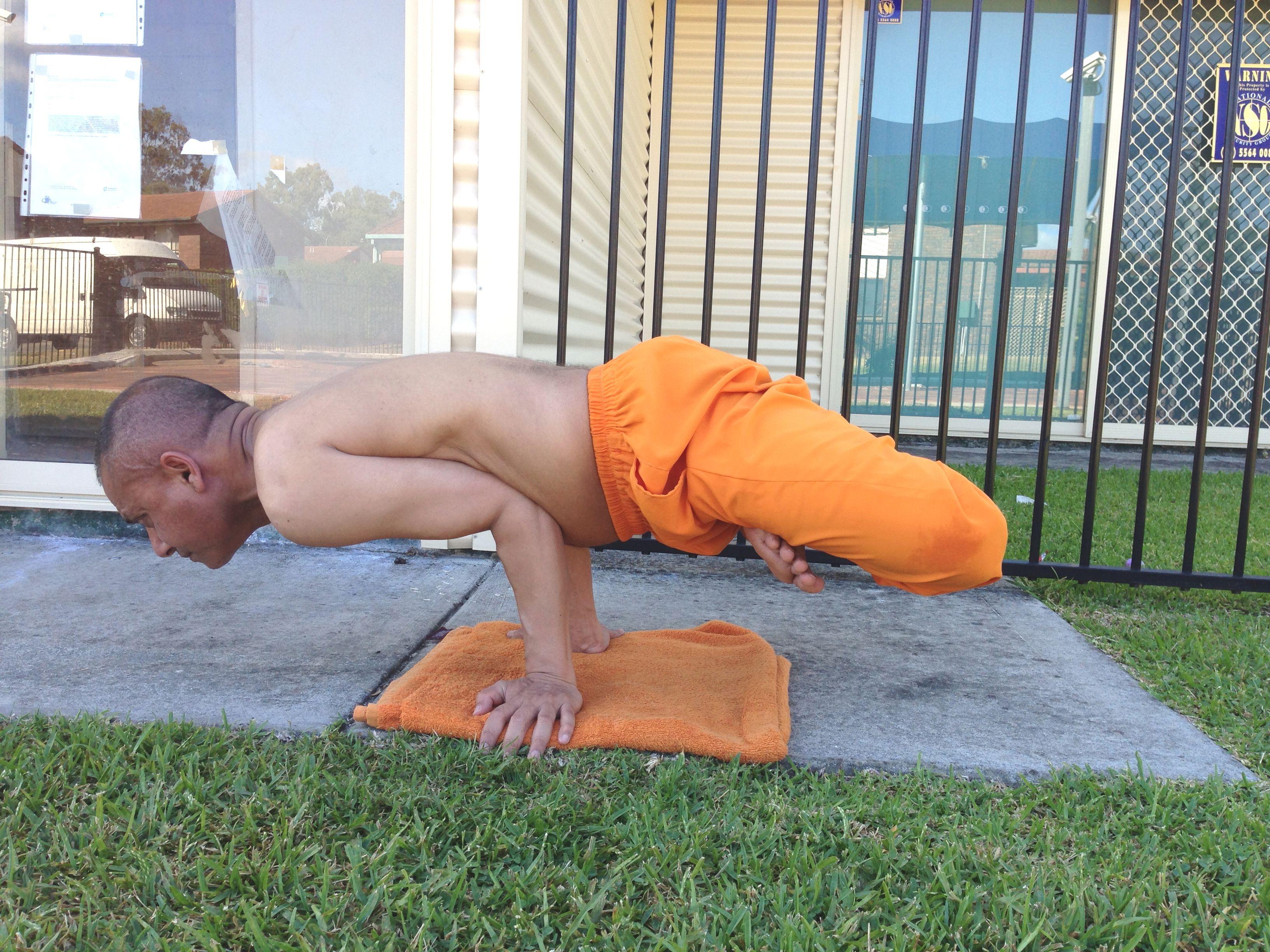 yoga august 2016